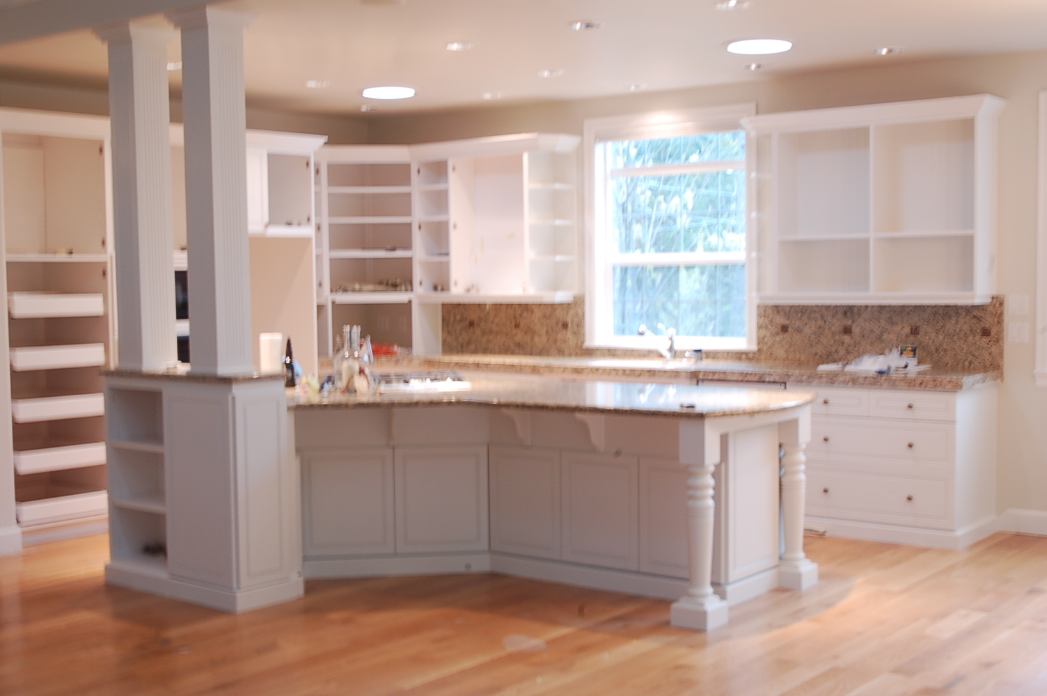 Benjamin Moore Dove White Kitchen Cabinets