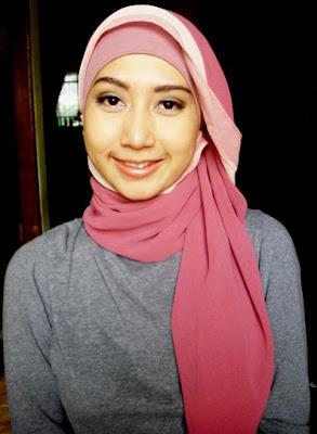 model hijab Igo Cantik segi empat model hijab cantik dan manis mahasiswi teknik pasti hebat