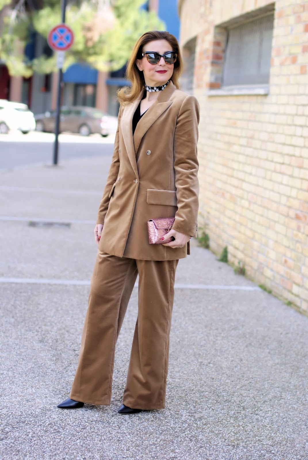 Max Mara BRERA velvet suit and RYinNYC lace choker on Fashion and Cookies fashion blog, fashion blogger style