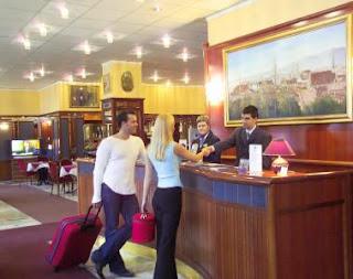 trabajar en un hotel