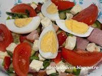 http://absolutdelicios.blogspot.ro/2015/04/salata-bulgareasca.html