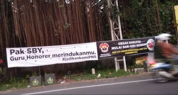 Pak SBY, Guru Honorer Merindukanmu