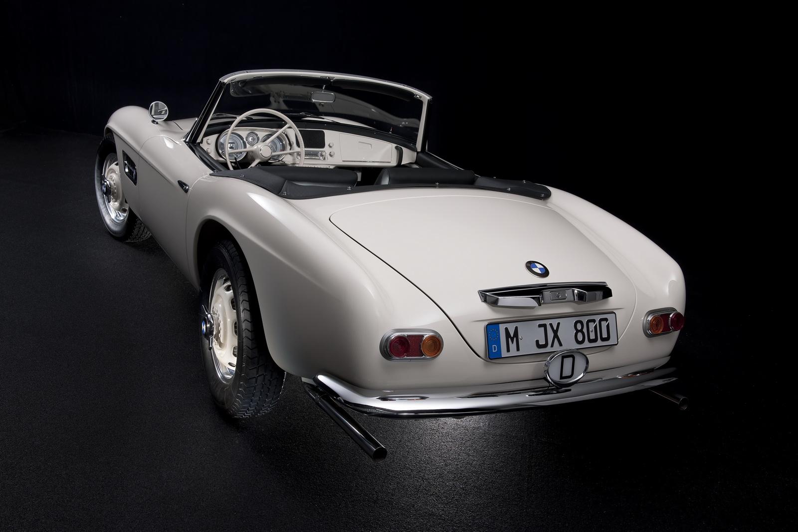 Elvis-BMW507-31.jpg