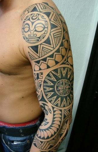Outro fantástico polinésia tatuagem tribal