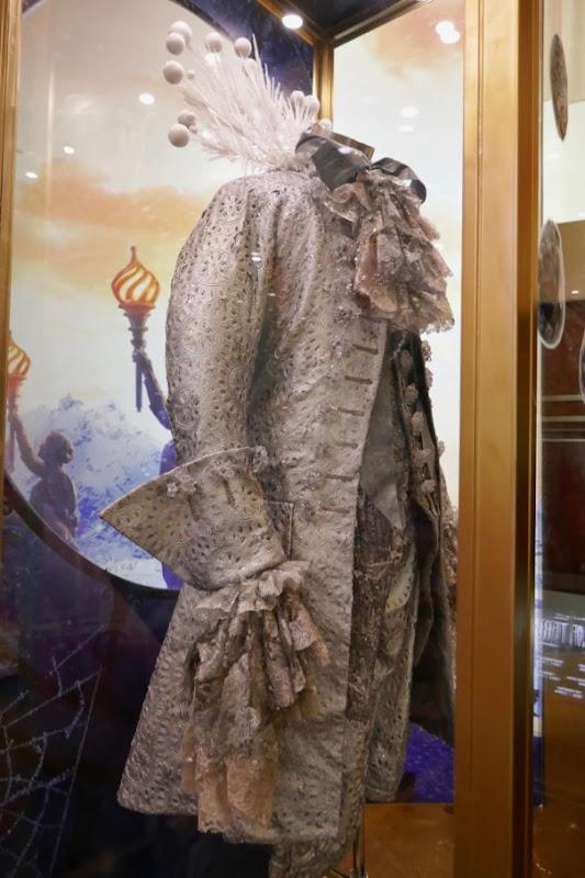 Shiver costume coat Nutcracker Four Realms