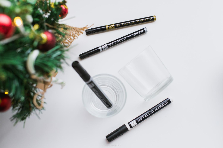 Christmas pens in metallic colours.