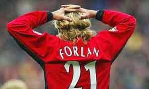 Diego Forlan (Manchester United ke Villareal)
