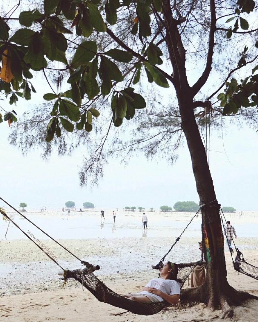 camping di pulau pari
