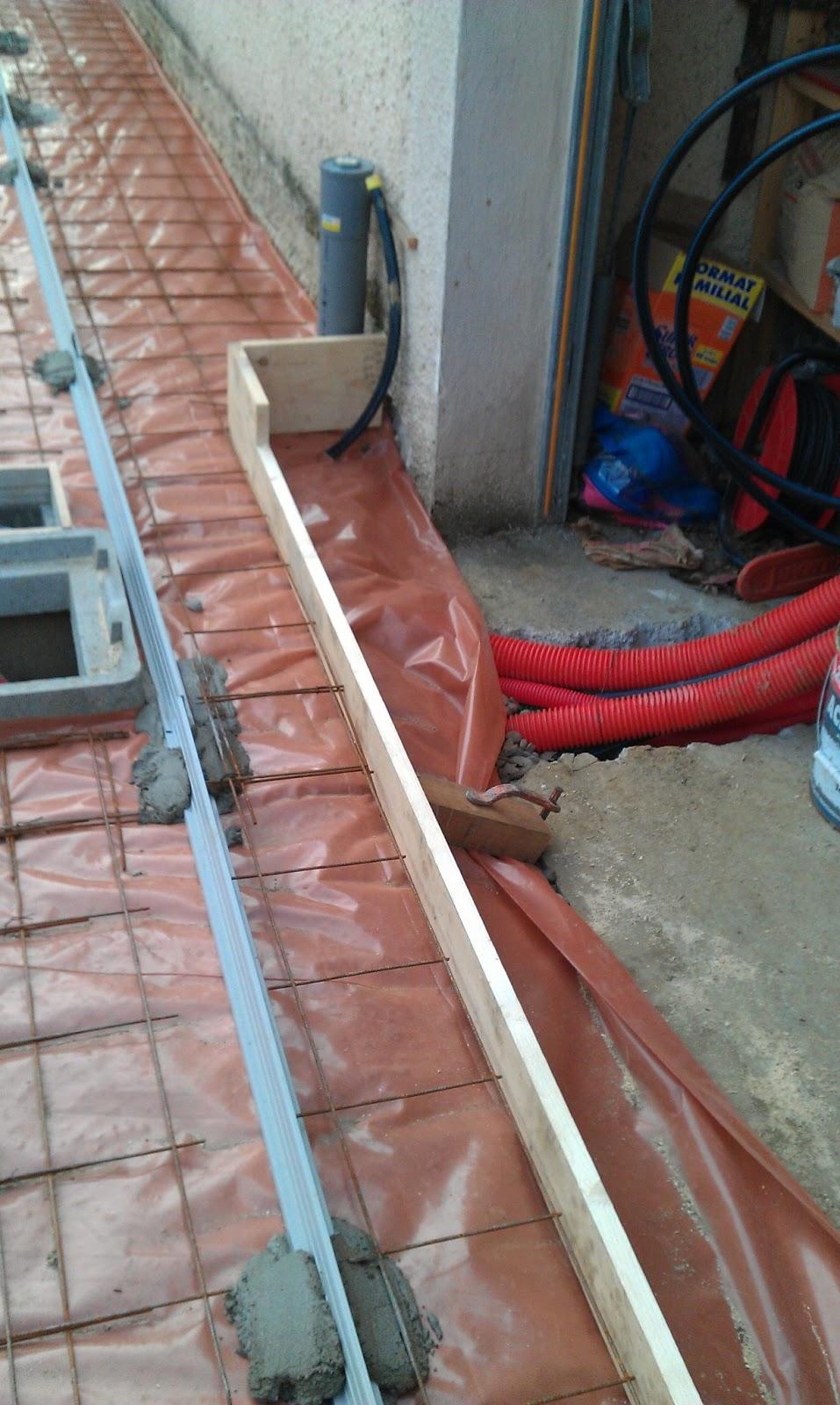 j 39 ai pas encore la dalle sur l vation ossature bois en auto construction. Black Bedroom Furniture Sets. Home Design Ideas