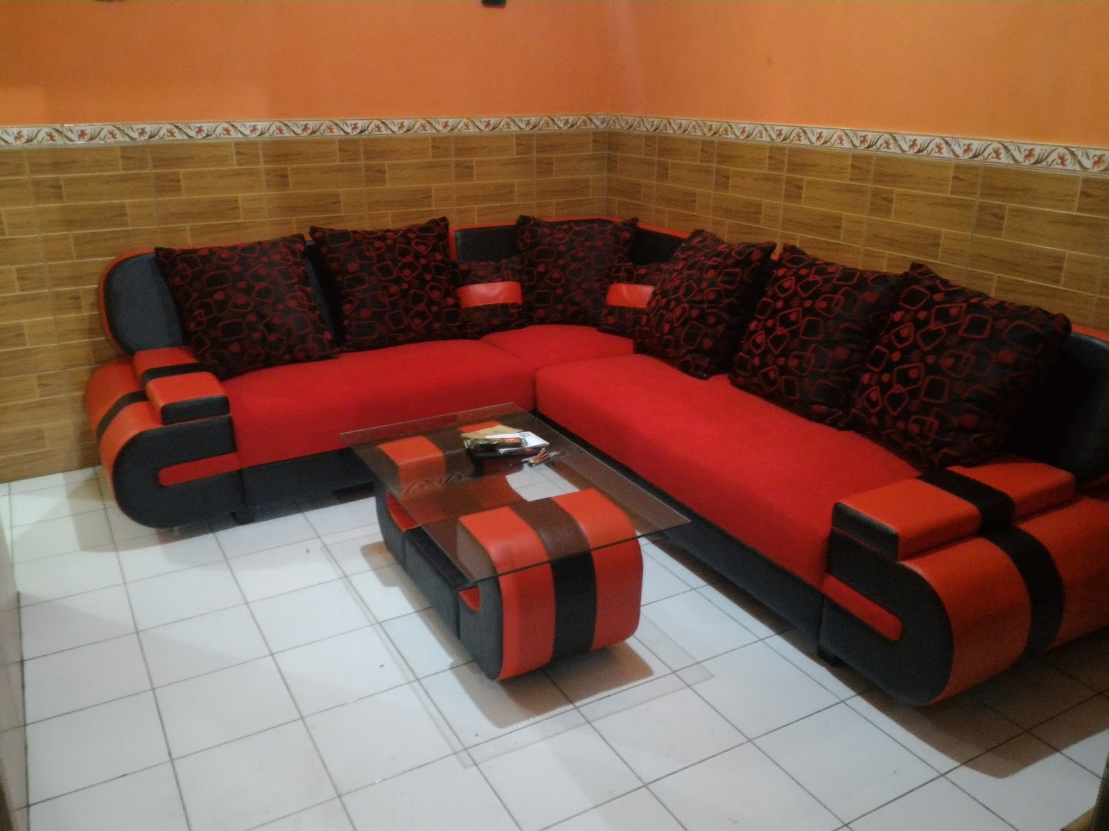 Laris Furniture Sofa L Chiko Panjang