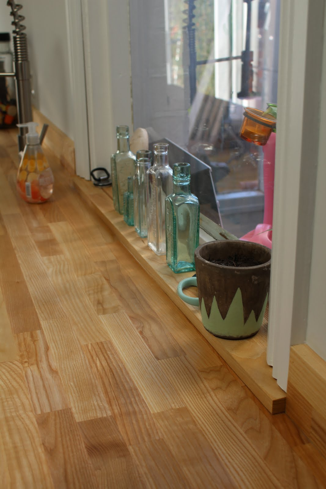 Window Sill Made from Upstand