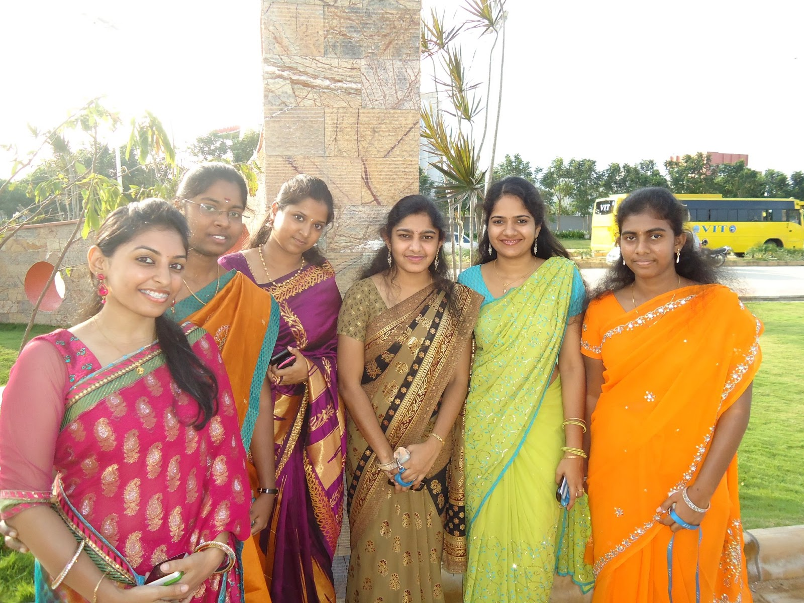 Homely Indian Girls Indian Girls In Their Traditional Outfits-5964
