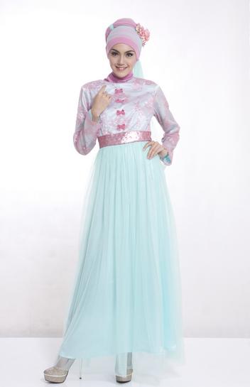 busana muslim berbahan satin cantik untuk remaja