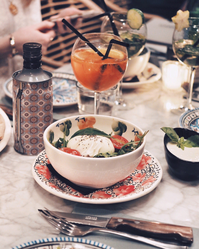 Bonne adresse lyonnaise - restaurant italien Gabriella Le Clan des Mamma