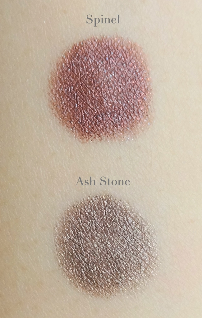 MEMEBOX I'm Stick Shadow Spinel, Ash Stone swatch