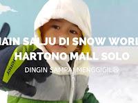 Main Salju di Snow World Hartono Life Style Mall Solo Baru