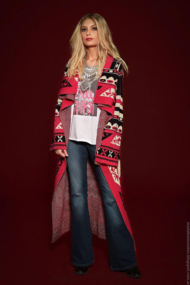 Moda invierno 2016 ropa de mujer Sophya pantalones oxford y sacos largos tejidos. Moda 2016.