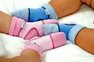 Bebés de azul y rosa