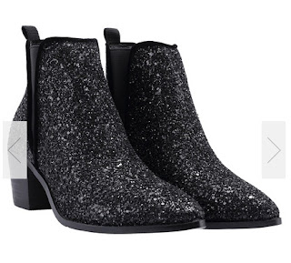 http://www.romwe.com/Black-Pointy-Sequined-Boots-p-133717-cat-699.html?utm_source=provarexcredere1.blogspot.it&utm_medium=blogger&url_from=provarexcredere1
