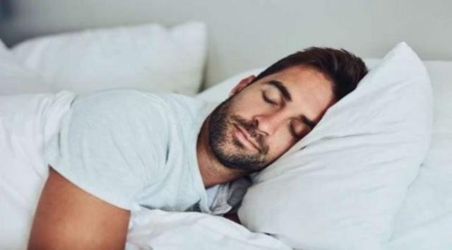 Menurut Para Ahli, Orang-Orang Sukses Suka Melakukan 6 Kebiasaan Ini Sebelum Tidur