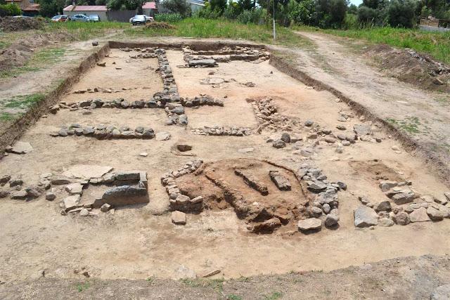 Mycenaean warrior tomb unearthed at Marathon