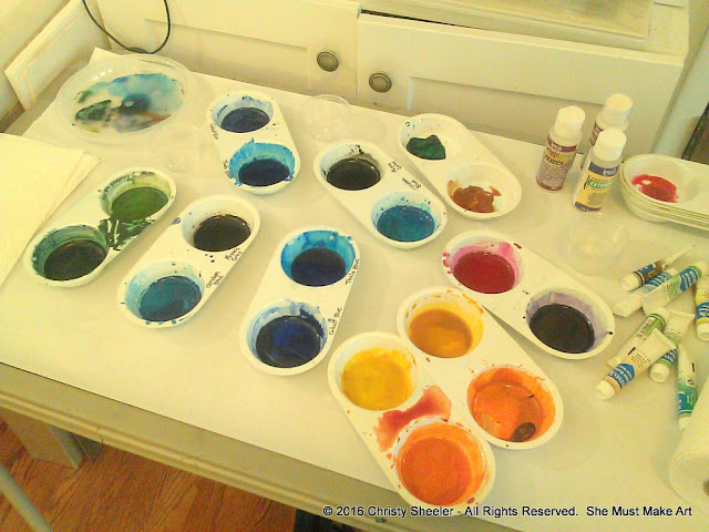 Watercolors in plastic palettes ready to go!  Setting up my materials.