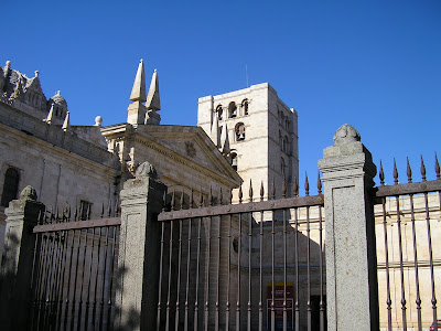 Busy July: Book Sales, Tin House, and Zamora