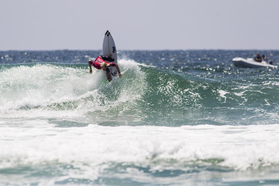 12 Ethan Ewing Vans US Open of Surfing foto Jackson Van Kirk WSL