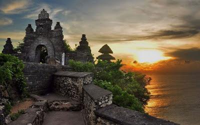 Pantai Cantik di indonesia, Ulu Watu Bali
