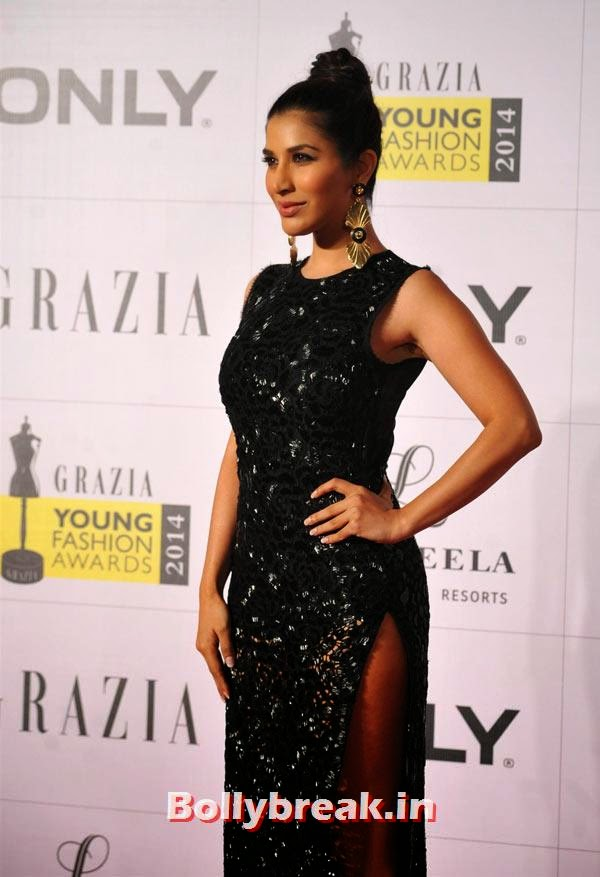 Sophie Choudry, Grazia Young fashion Awards Pics