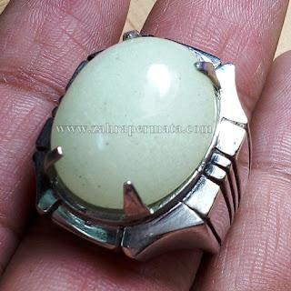 Cincin Batu Posfor Hijau - ZP 668