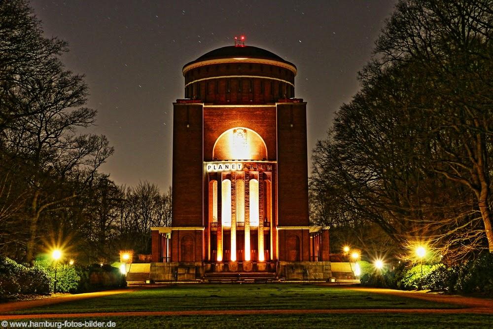 Planetarium Hamburg bei Nacht HDR