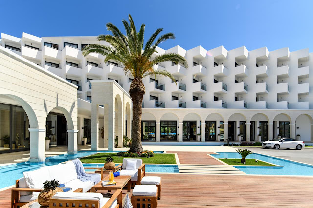 Sprawling Mitsis Faliraki Beach Hotel & Spa - All Inclusive is an ideal destination for business and leisure travelers. Enjoy an unforgettable holiday in bustling Faliraki in Rhodes.