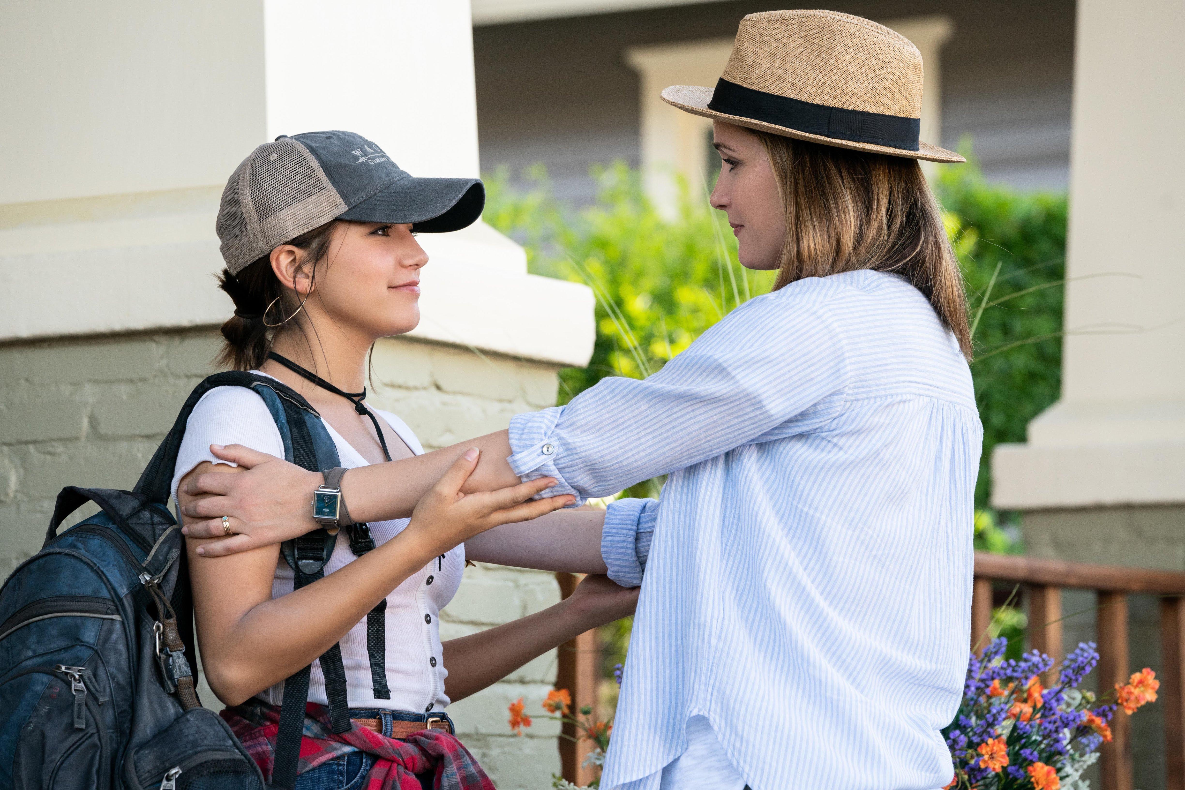 Box Office : 11月16日~18日の全米映画ボックスオフィスTOP5 - 「トランスフォーマー 5」のマーク・ウォールバーグとイザベラ・モナーちゃんが義理の父娘の役で再共演したハートウォーミングな養子縁組の実話のコメディ映画化「インスタント・ファミリー」が好評価に反して、期待値を下まわったガッカリの初登場第4位 ! !