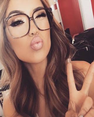 pose selfie con gafas tumblr casual