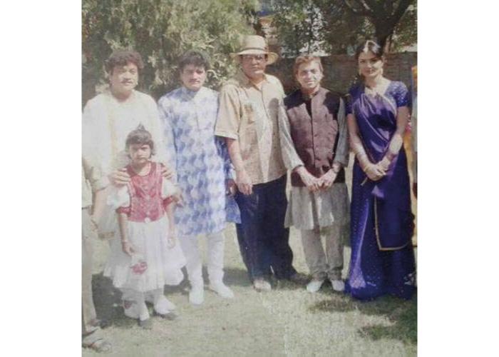 Maniraj Barot Family and friends