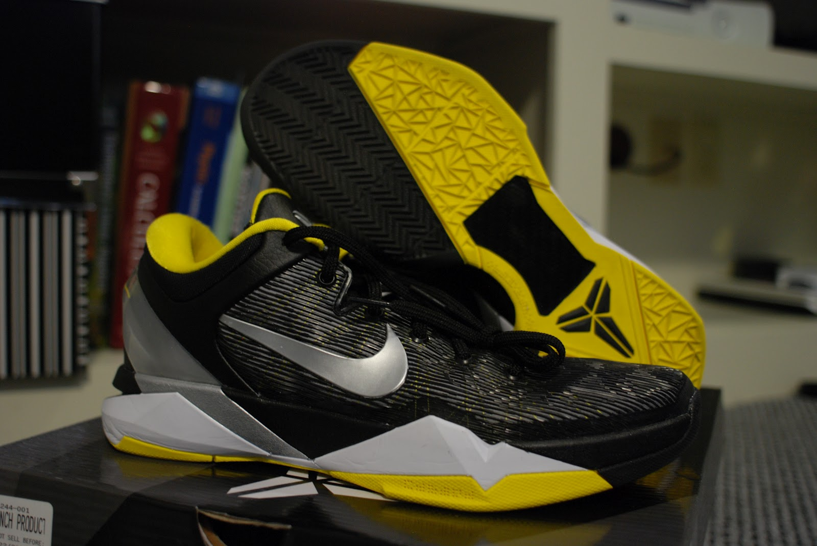 promo code 94594 04d9f The Nike Kobe VII System comes with one (1) pair of New Nike Zoom Kobe VII  Review ...