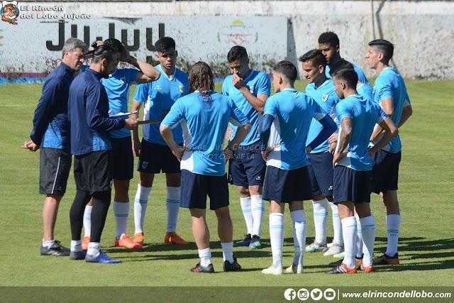 Martín Astudillo definió el equipo para el debut de local