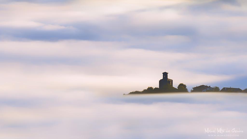 Mar de niebla en el valle de Aramaio