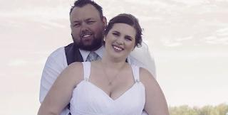 Η Γαμήλια Φωτογράφηση που κάνει Θραύση στο ίντερνετ! Ο Λόγος; Δείτε ολόκληρη τη Φωτογραφία και θα Καταλάβετε…