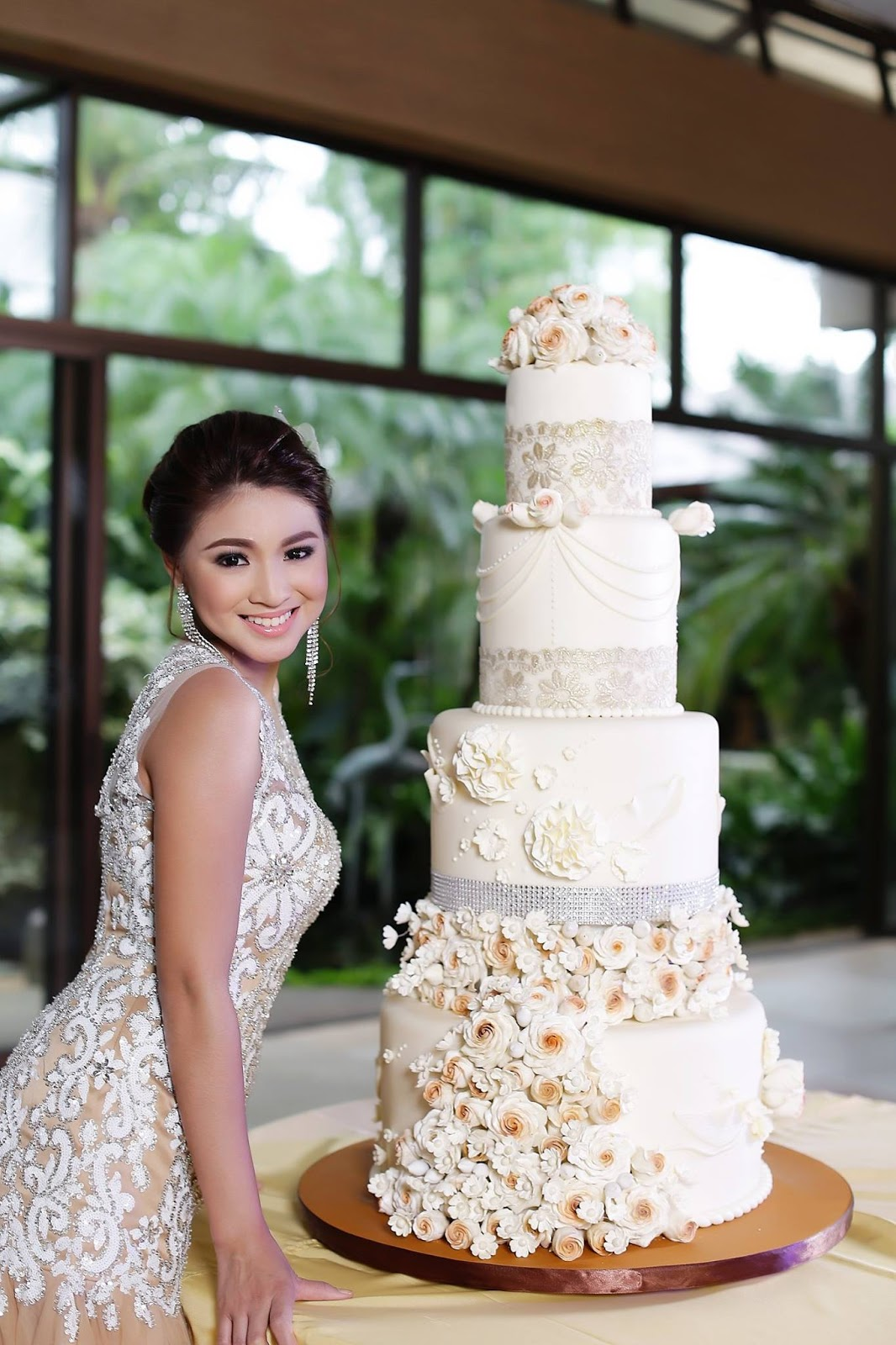 customized wedding cakes philippines what s new with honey glaze cakes yeng constantino 13209