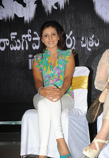 Madhu Shalini Latest  Pictures At Buchi Movie Press Meet (8)