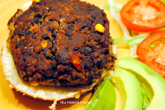 Black Bean Burger at Miz Helen's Country Cottage