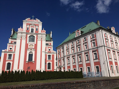 pink building poznan