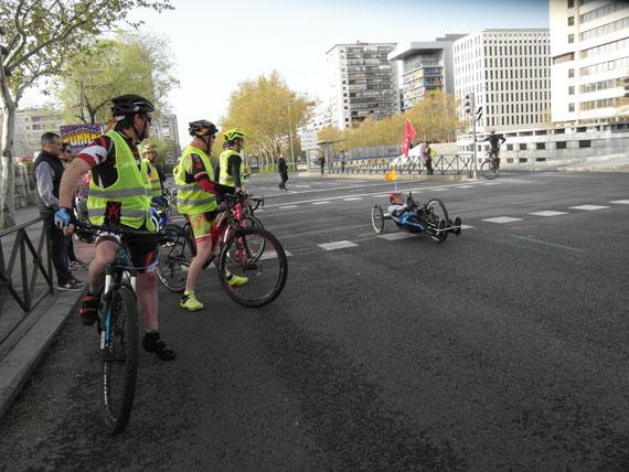 handbike y bicis en la maraton de madrid 2018