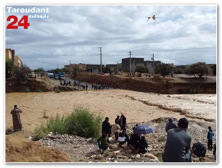 تاردودانت: انقطاع الطريق الوطنية رقم 10 على مستوى قنطرة سيدي وعزيز