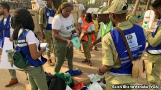 Labaran chikin kasa Nigeria ::: chigaba da zabe a wasu rumfuna zabe a jiya lahadi  a wasu rumfuna zabe