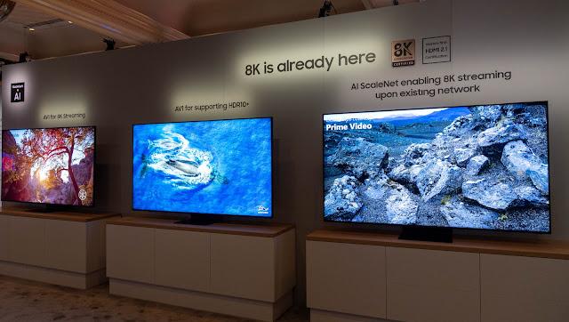 三星這次跟 Youtube 等業者合作,透過 AV1 編碼技術,可以在 QLED 8K 電視上觀看 8K 網路影片