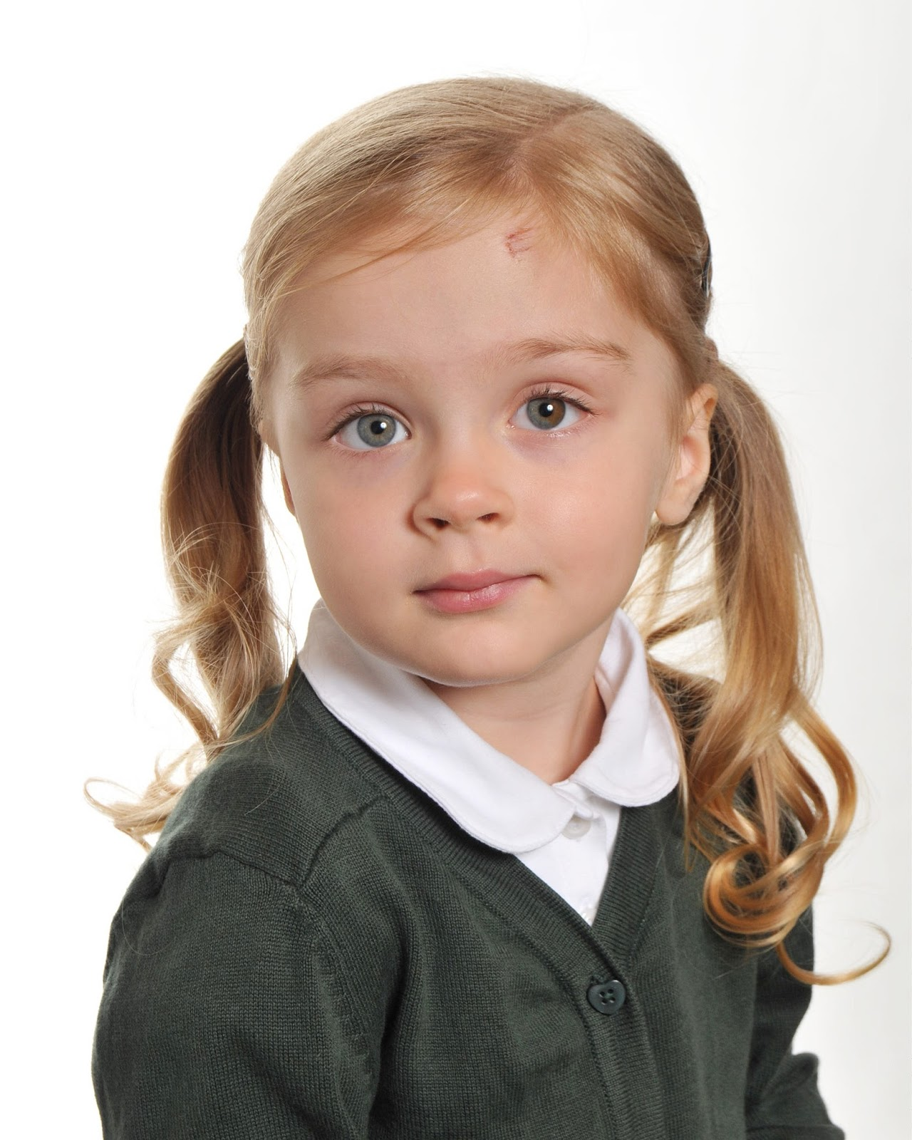 School picture of a girl