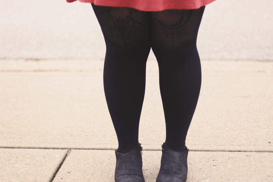 fall outfit, details, tattoo tights, outfit